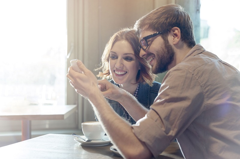 Distance relationship: 10 psychology tips to make it work