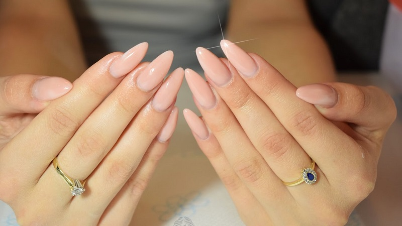 Almond nails: how to make them and ideas