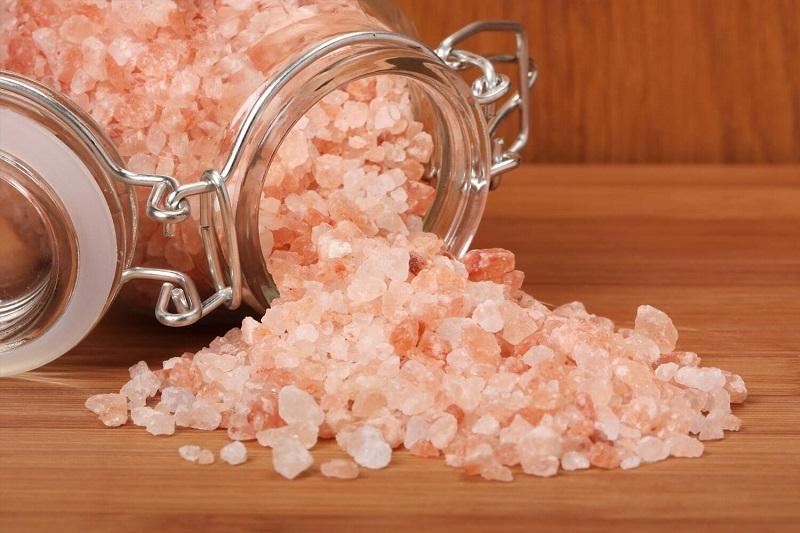 Himalayan salt bath