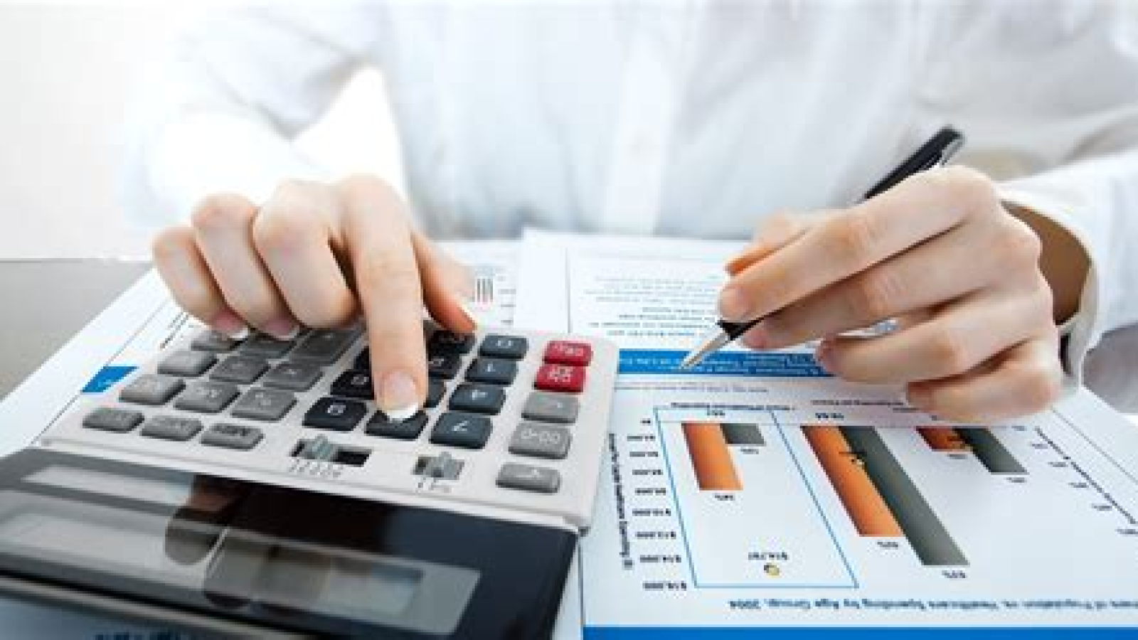 Why-do-business-owners-hire-Accountants2